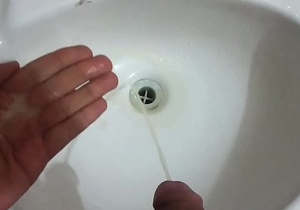 REAL Pissing White Creamy Cum - No Hands