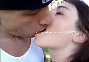 VD and Nicole Kissing