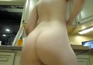 bubble butt cheeks jiggle panties pawg culona