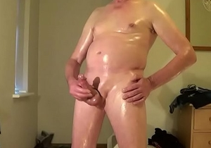 Oiled wank &amp_ cum swallow
