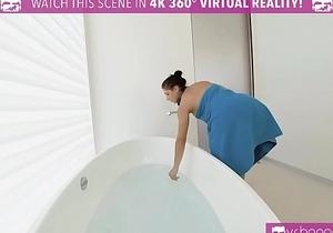 VRBangers.com Outrages Step mom Syren De Mer eating Abella Danger'_s pussy