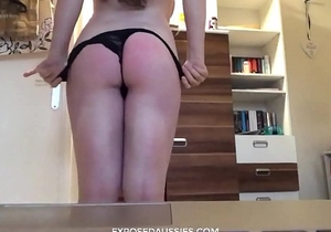 Hot Australian Slut Shows her ass and spanks her buttocks