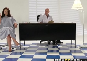 Brazzers - Teens Like It Big - ( Samm Rosee, Johnny Sins) - Dicked by the Docto